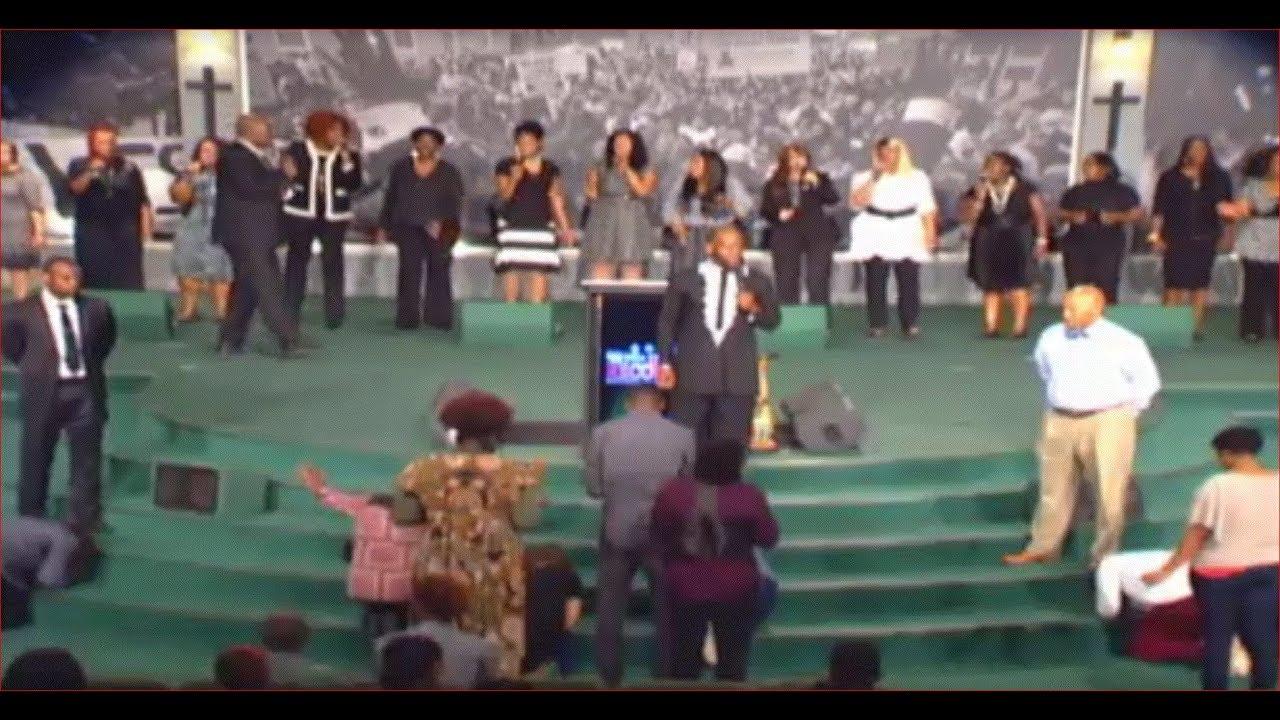 Dr. Jamal Bryant – Empowerment Temple Live Stream
